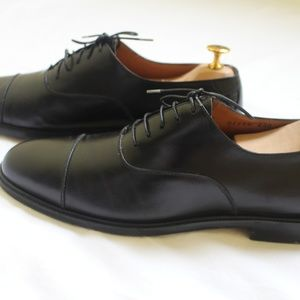 Salavatore Ferragamo Black Leather Oxfords 8.5 D